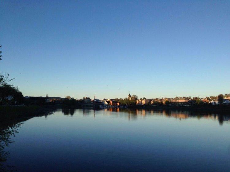 北国的春天----------------摄影:崔广林(挪威)高中80届/炮三师子弟